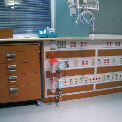 NICU Bay Casework with Cart