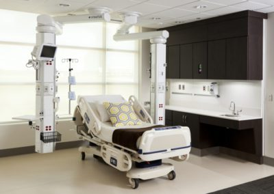 Stratus® Medical Boom with Form® Sinkwall